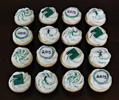 graduation cupcake ideas graduation cupcakes by snacky snacky cakes