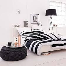 Deco Chambre Noir Blanc Deco Chambre Lit Noir Deco Chambre Adulte Avec Mur Couleur Bleue