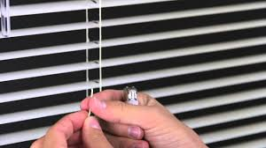 Levolor Cordless Blinds Troubleshooting How To Restring A Mini Blind Youtube