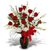 flowers to india send flowers to india flower cake delivery in india cake to india