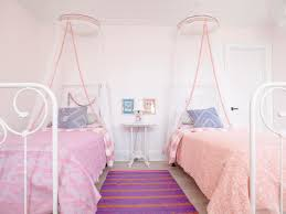 Girls Pink Rug Bedroom Calm Twin Girls Bedroom With Twin White Beds Near