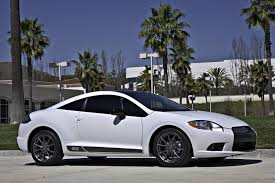 mitsubishi sports car white last stand mitsubishi sends off eclipse with 2012 se special