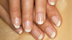 the best trick to make a perfect french manicure