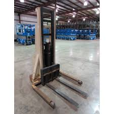 crown 20mt walkie stacker for sale