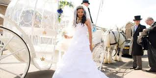 wedding dress hire brisbane cinderella carriage hire for weddings brisbane gold coast