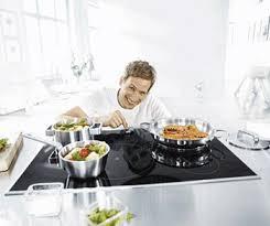 consumi piani cottura induzione quanto consuma una cucina a induzione l assorbimento di energia