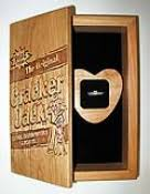 personalized cracker jacks wedding ring gift box cracker design