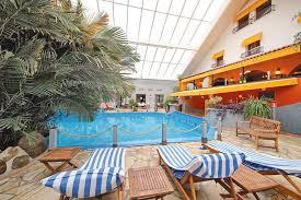 hotel durbuy avec chambre hotel tropical ardennes belgique et le hainaut tui