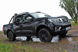 nissan navara interior manual nissan np300 navara 2 3dci 190ps double cab pick up trek 1 4wd