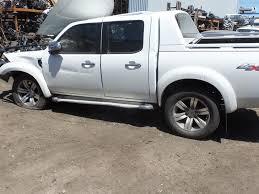 2010 pk ford ranger wildtrak now wrecking in cool white athol