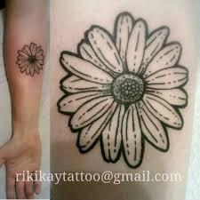 25 trending daisy flower tattoos ideas on pinterest small daisy