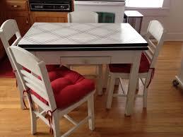vintage enamel kitchen table fabulous kitchen inspirations for vintage enamel top table 4 chairs