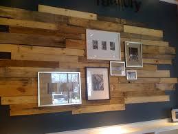 plancher ardoise cuisine cuisine mur en bois de grange et ardoise plancher de bois franc