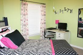 Bedroom Decorative Teen Bedroom Idea For Girls With Diy Wall