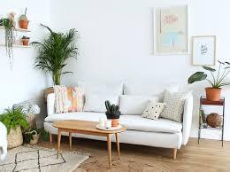 décoration canapé un canapé blanc il faut oser mademoiselle claudine le