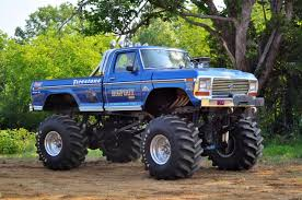 original grave digger monster truck 2 2 retro bigfoot 1