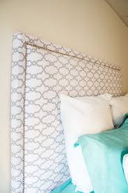 How To Make Your Own Fabric Headboard by Best 20 Nailhead Headboard Ideas On Pinterest Diy Fabric