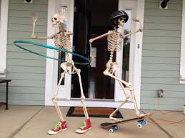 Non Scary Outdoor Halloween Decorations by Skeleton Halloween Decoration Halloween Home Decor Ideas Non Scary