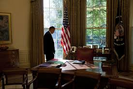 file barack obama in the oval office 2009 10 jpg wikimedia commons