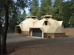 Garage House by Cupola Aidomes