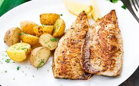 cuisiner le maquereau au four maquereaux grillés à la méditerranéenne et frites au four wecook