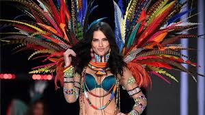 fame net models victoria s secret model net worths 25 richest to walk the runway