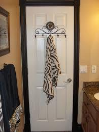 safari bathroom ideas best 25 safari bathroom ideas on bathroom jars