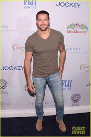kevin hart kevin hart jai courtney u0026 katharine mcphee celebrate men u0027s