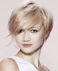 haircut for wispy hair youthful wispy short haircut for blonde hair