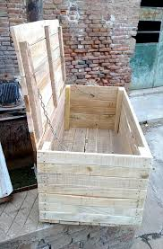 Pallet Patio Furniture Cushions by Pallet Trunk Diy Pallet Trunk Pallets And Pallet Furniture