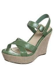 ugg sale sandals ugg australia sandals sale planetary skin institute