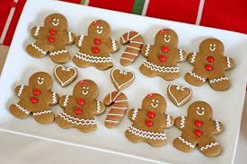 gingerbread and gingerbread decorating for
