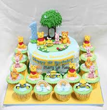 winnie the pooh cakes merry go cupcakes cakes winnie the pooh cakes and cupcakes