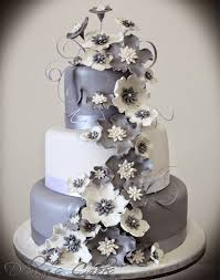 silver wedding cakes white and silver wedding cakes casadebormela