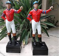 lawn jockeys home