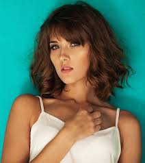 brunette hairstyles wiyh swept away bangs hairstyles with side swept bangs that will sweep you off your feet