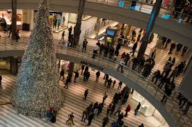 multiple stabbed mall america botched theft