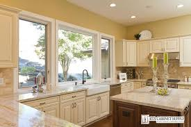 Ivory Maple Glaze RTA Kitchen And Bathroom Cabinets - Glazed kitchen cabinets