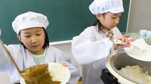 we love what these japanese schools are doing for lunch martha