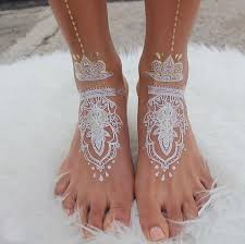 30 stunning white henna inspired tattoos that look like elegant