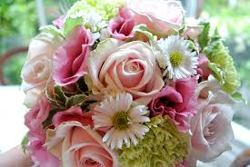 wedding flowers hshire pink and green wedding flowers shrigley cheshire flowers