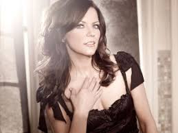 martina mcbride extends unleashed tour into 2017