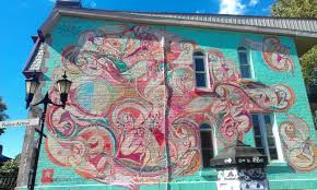 find all of montreal s murals with this app mtl blog for more surf graffmap s site and follow them on twitter