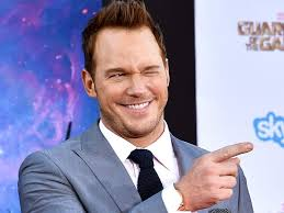 Chris Pratt Meme - chris pratt asks fans to make him a facebook header photo people com