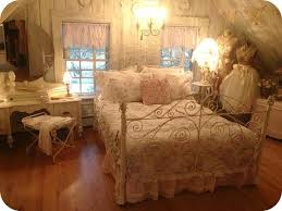 Shabby Chic Guest Bedroom - 52 best shabby prim delights images on pinterest shabby chic