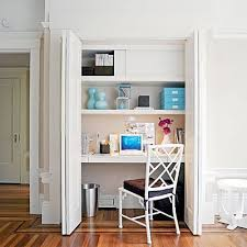 bureau dans un placard placard coin bureau où se faire un coin bureau chez soi