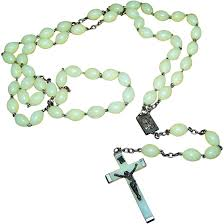 glow in the rosary vintage made in italy glow in the plastic style rosary