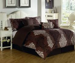 Black Classic Bed Designs Dark Brown Bedding Set With White Black Classic Pattern Placed On