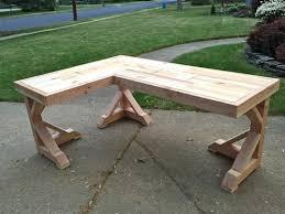 faire un bureau en bois faire un bureau en bois maison design sibfa com