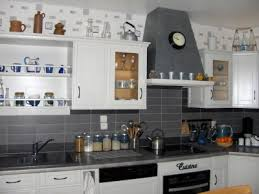 photo de cuisine blanche deco cuisine noir et gris cuisine blanche carrelage gris pour idees
